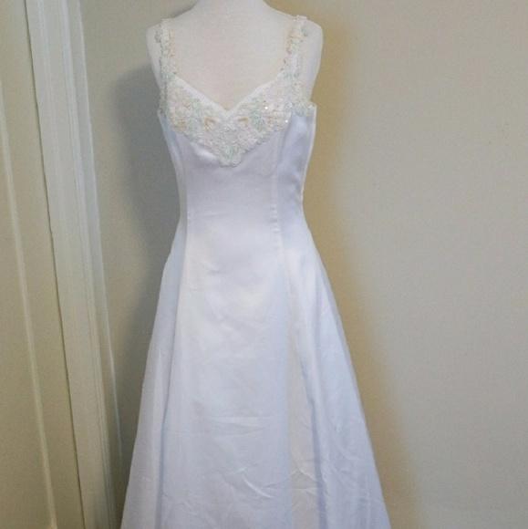 Jessica McClintock Dresses | Nwot Wedding Gown Size 6 2147 | Poshmark